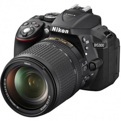 Nikon D5300 kit (18-140mm VR)